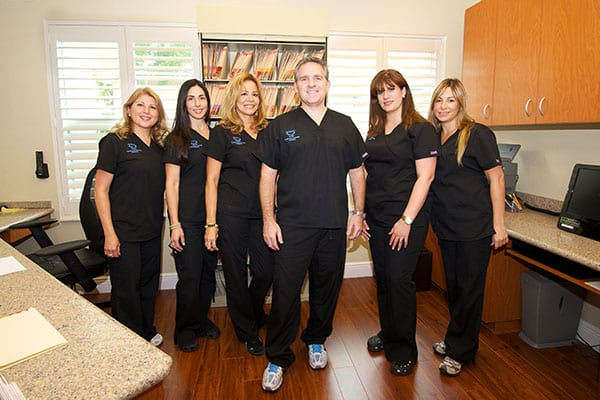 Artistic Smiles General Dentistry team miami